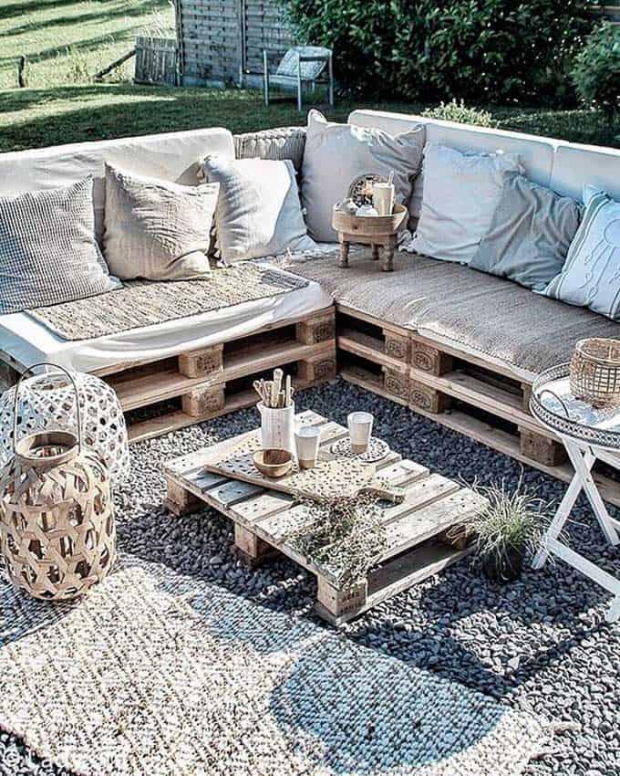 espace détente en palettes de bois